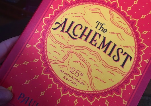 The Alchemist-A Novel to Inspire Wanderlust andSelf-Discovery