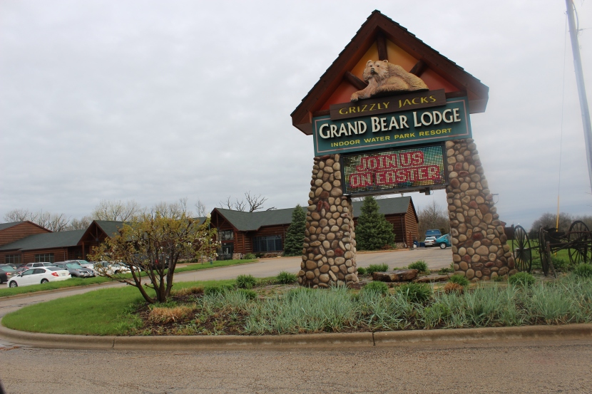 An Amazing Wilderness Getaway At Grizzly Jack's Grand Bear Resort near Starved Rock State Park in Utica, Illinois